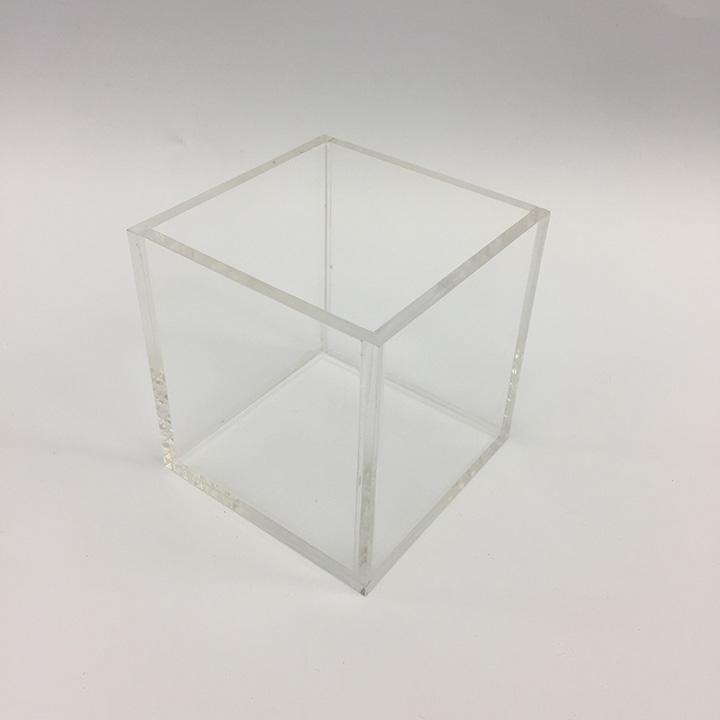 Custom Acrylic Box x720